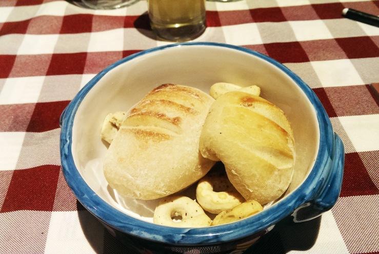 Хлебная чашка. Bread cup.