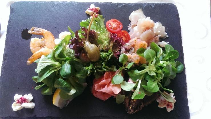 Ассорти из рыбы. Sea food platter.