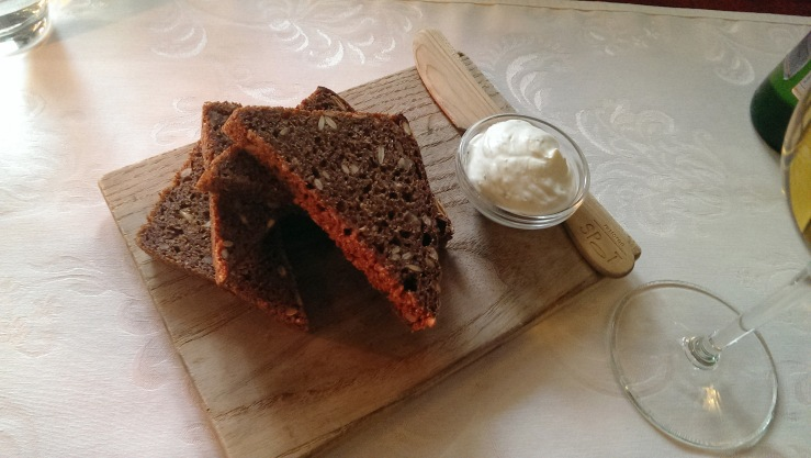 Хлеб с маслом. Bread board.