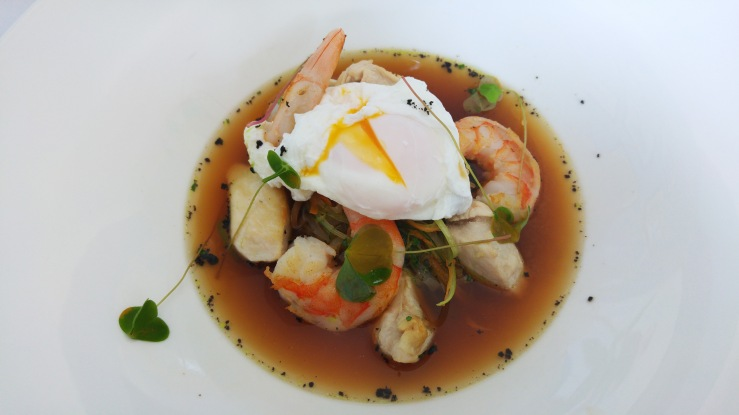 Рамэн с курицей и креветками. Ramen with chicken and shrimps.