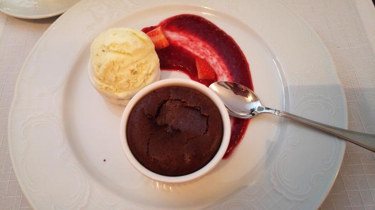 Шоколадный фондан. Chocolate fondant.
