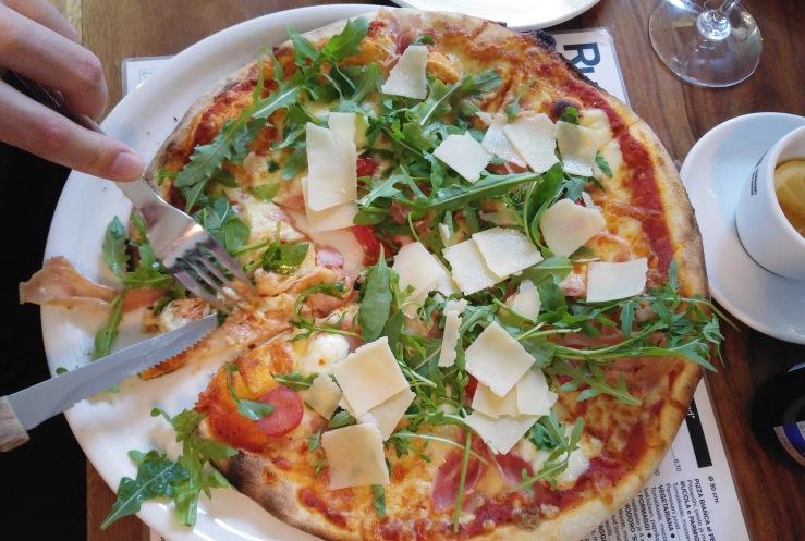 Pizza Speciale alla Rucola